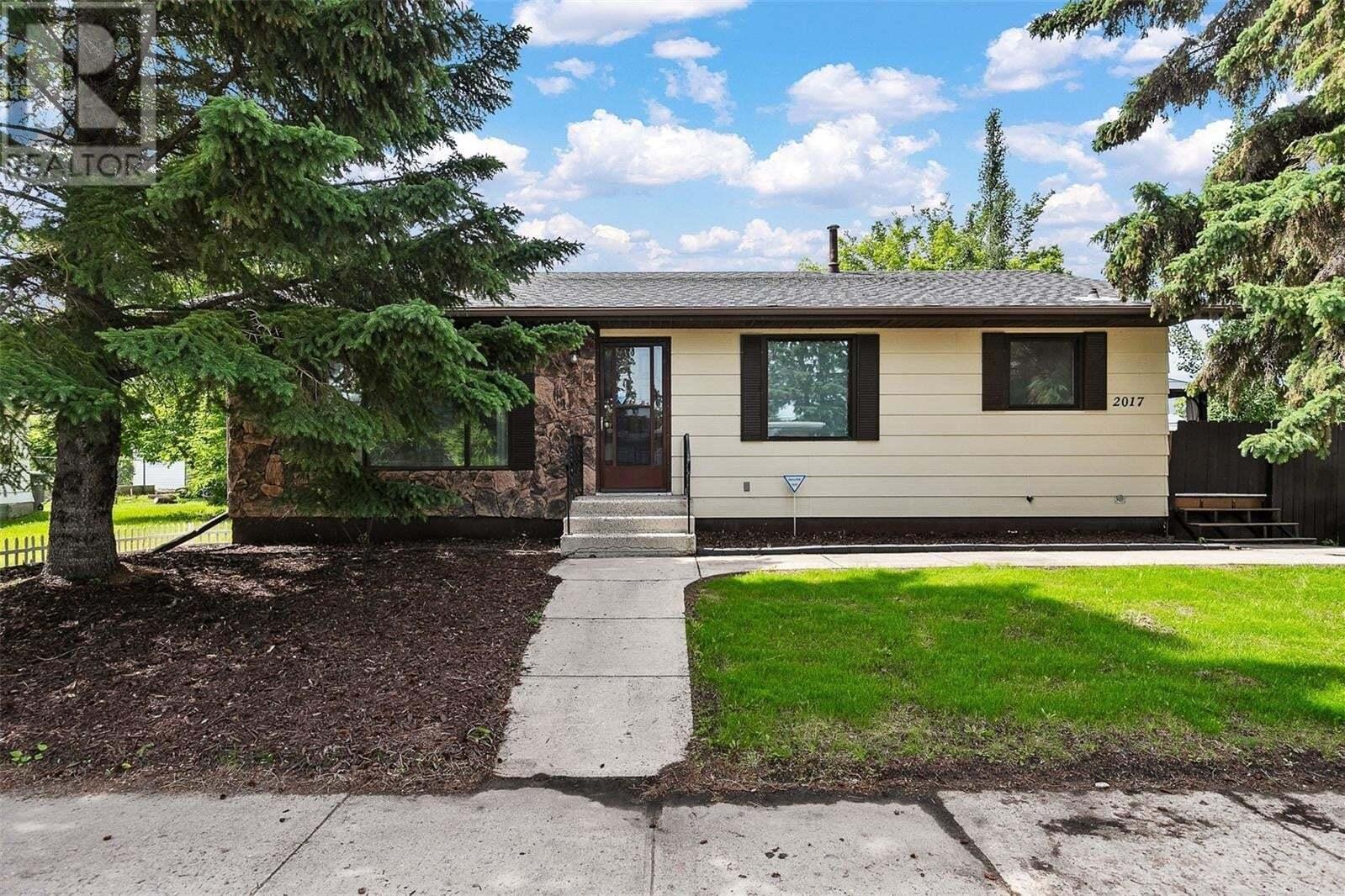 House for sale at 2017 6th St Rosthern Saskatchewan - MLS: SK814218