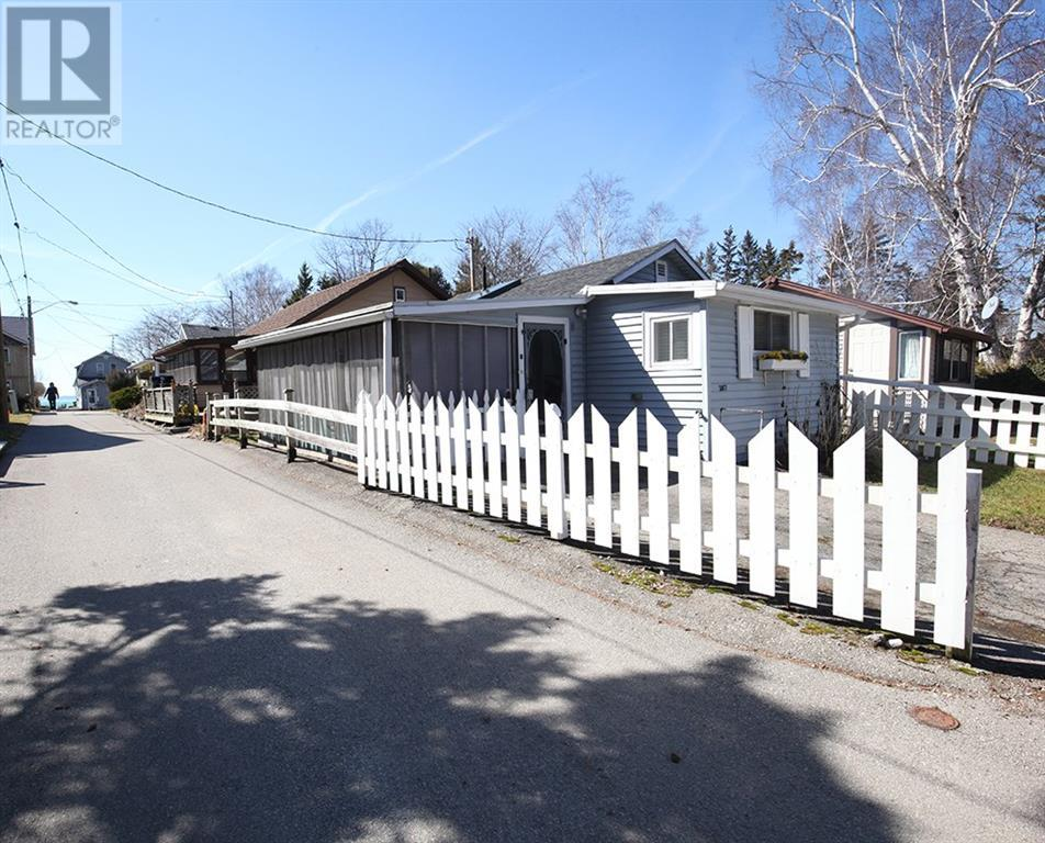 Removed: 2017 Water Street, Port Dover, ON - Removed on 2020-03-28 06:27:04