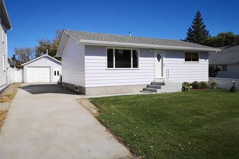 House for sale at 2018 10th St Rosthern Saskatchewan - MLS: SK800768