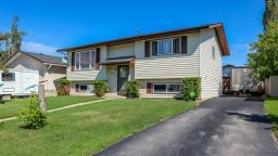For Sale: 2018 3 Avenue, Cold Lake, AB | 5 Bed, 2 Bath House for $264,900. See 14 photos!