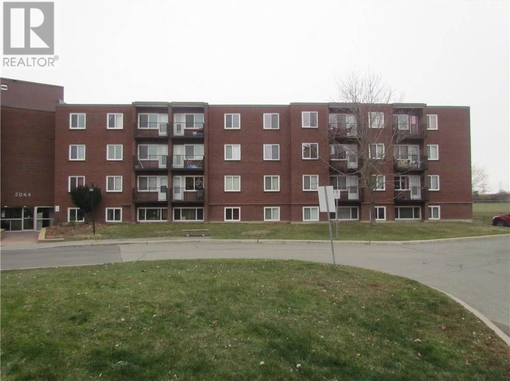 Condo for sale at 2044 Arrowsmith Dr Unit 201a Ottawa Ontario - MLS: 1175081