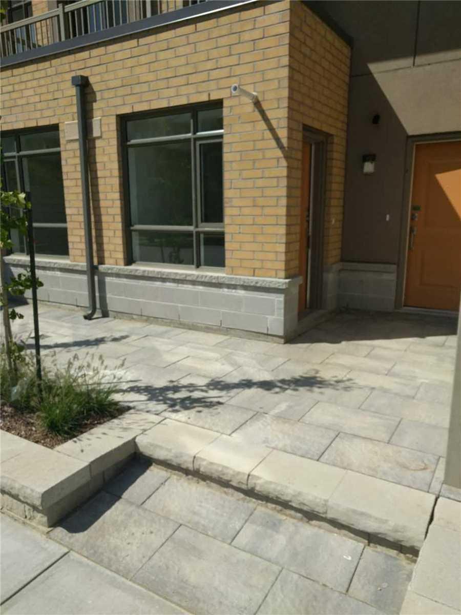 Buliding: 1070 Progress Avenue, Toronto, ON