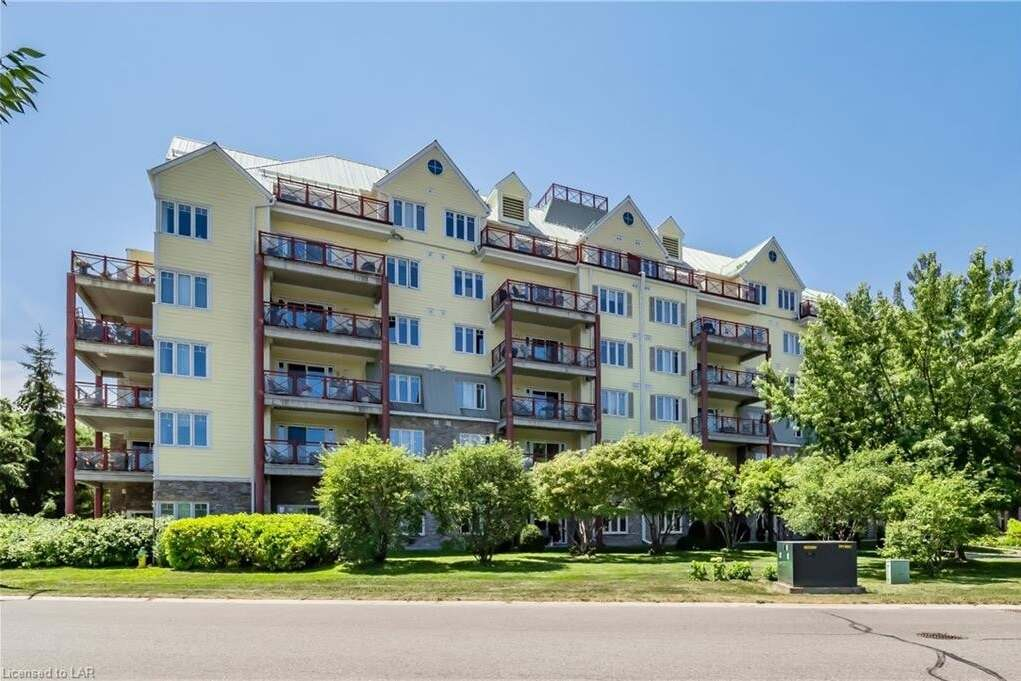 Condo for sale at 110 Steamship Bay Rd Unit 202 Gravenhurst Ontario - MLS: 273672