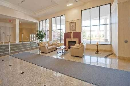 Apartment for rent at 11121 Yonge St Unit 202 Richmond Hill Ontario - MLS: N4549881
