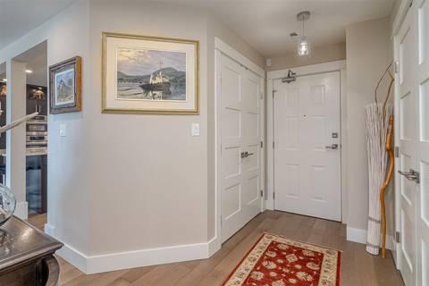 Condo for sale at 15367 Buena Vista Ave Unit 202 White Rock British Columbia - MLS: R2404327