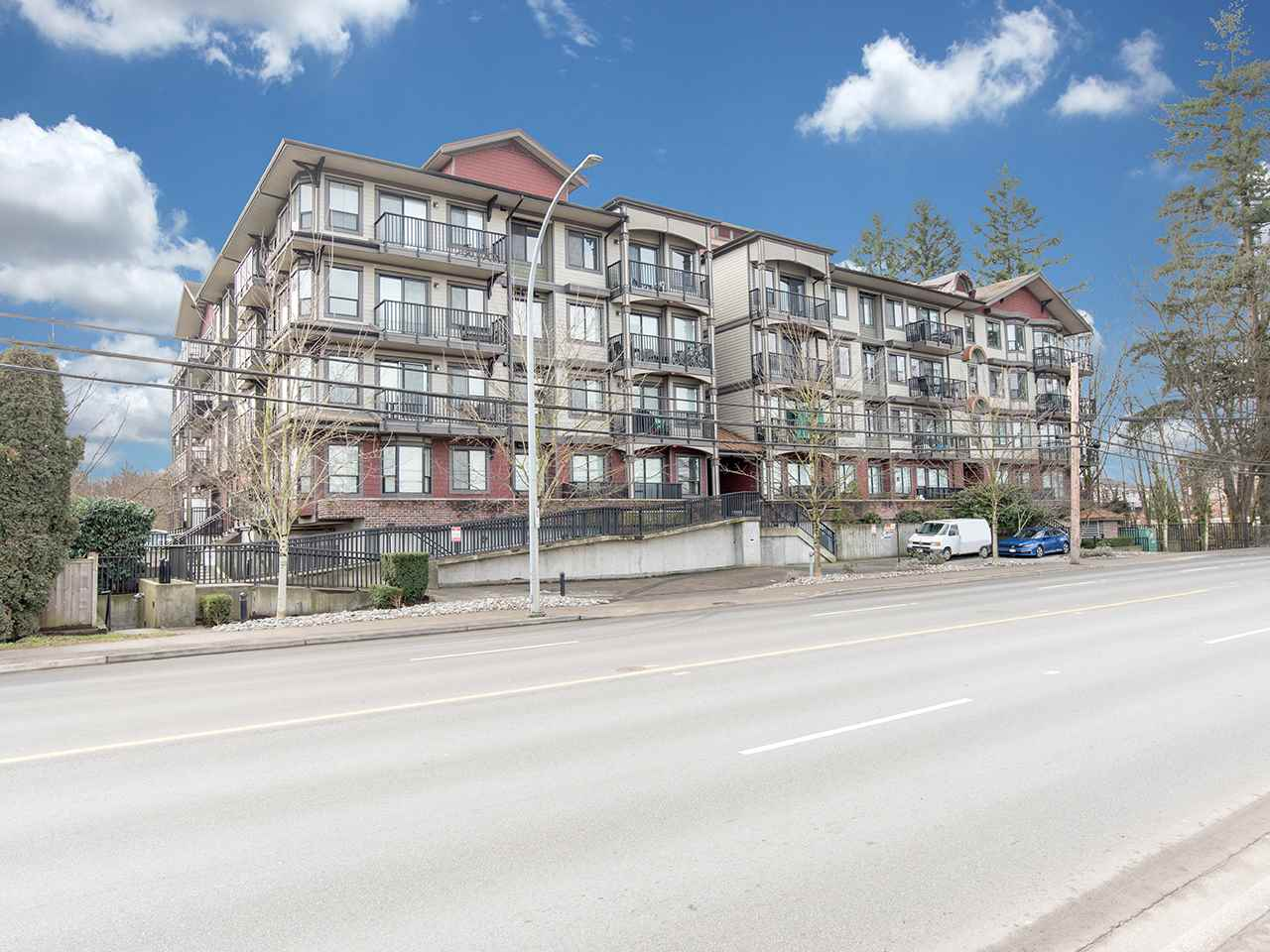 Sold: 202 - 19830 56 Avenue, Langley, BC