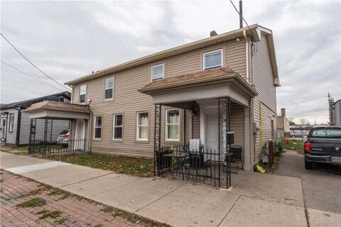 Townhouse for sale at 202 Market St Brant Ontario - MLS: X4999751