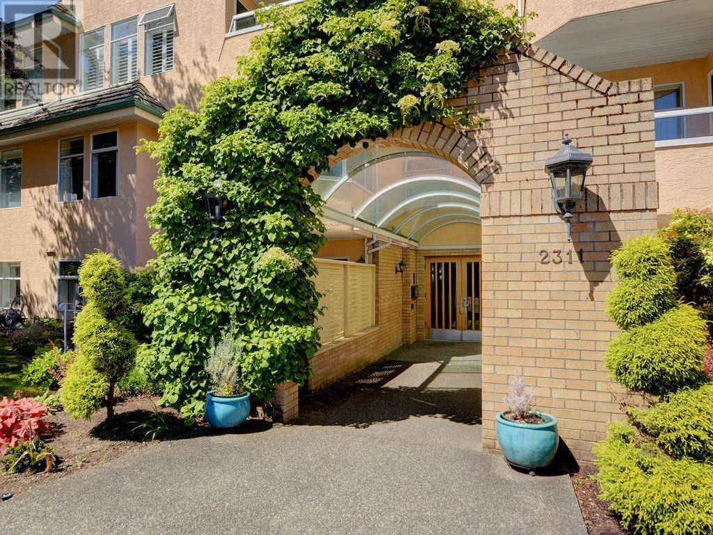 Condo for sale at 2311 Mills Rd Unit 202 Sidney British Columbia - MLS: 413460