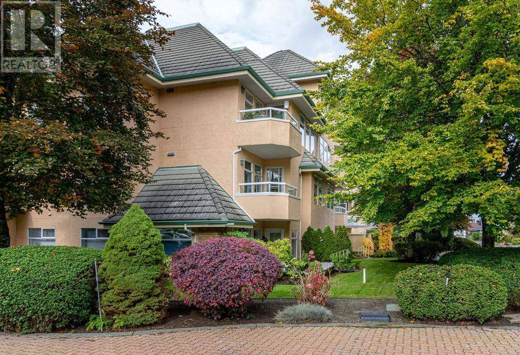 Condo for sale at 2311 Mills Rd Unit 202 Sidney British Columbia - MLS: 417304