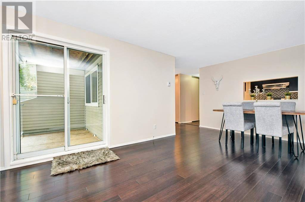 Apartment for rent at 250 Brittany Dr Unit 202 Ottawa Ontario - MLS: 1173882