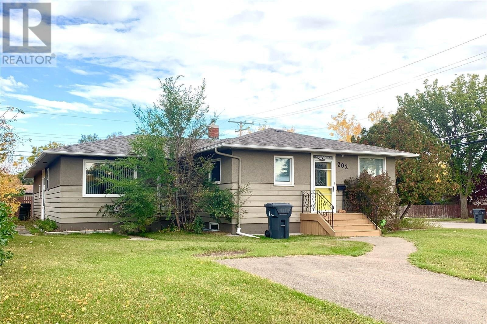House for sale at 202 26th St Battleford Saskatchewan - MLS: SK819249