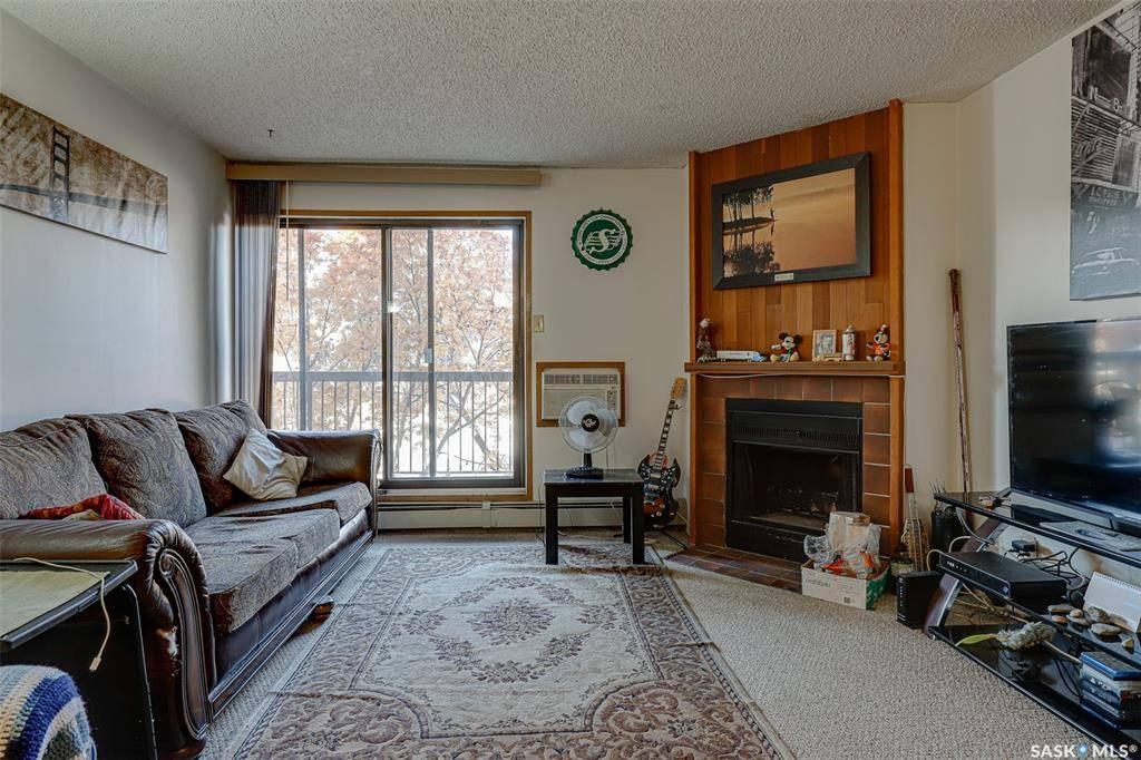 Condo for sale at 325 Kingsmere Blvd Unit 202 Saskatoon Saskatchewan - MLS: SK790246