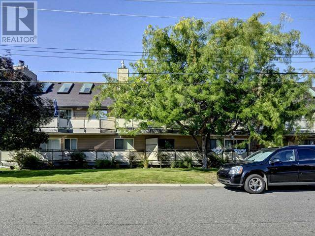 Townhouse for sale at 335 Churchill Ave Unit 202 Penticton British Columbia - MLS: 181530
