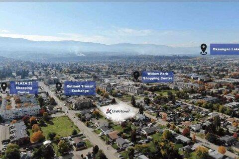 Condo for sale at 345 Dougall Rd Unit 202 No City Value British Columbia - MLS: R2451393