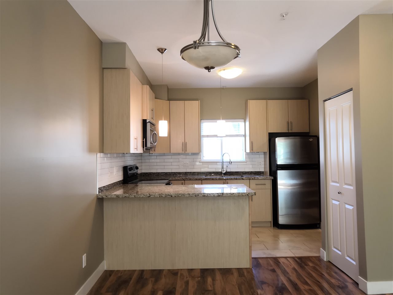 Sold: 202 - 3888 Norfolk Street, Burnaby, BC