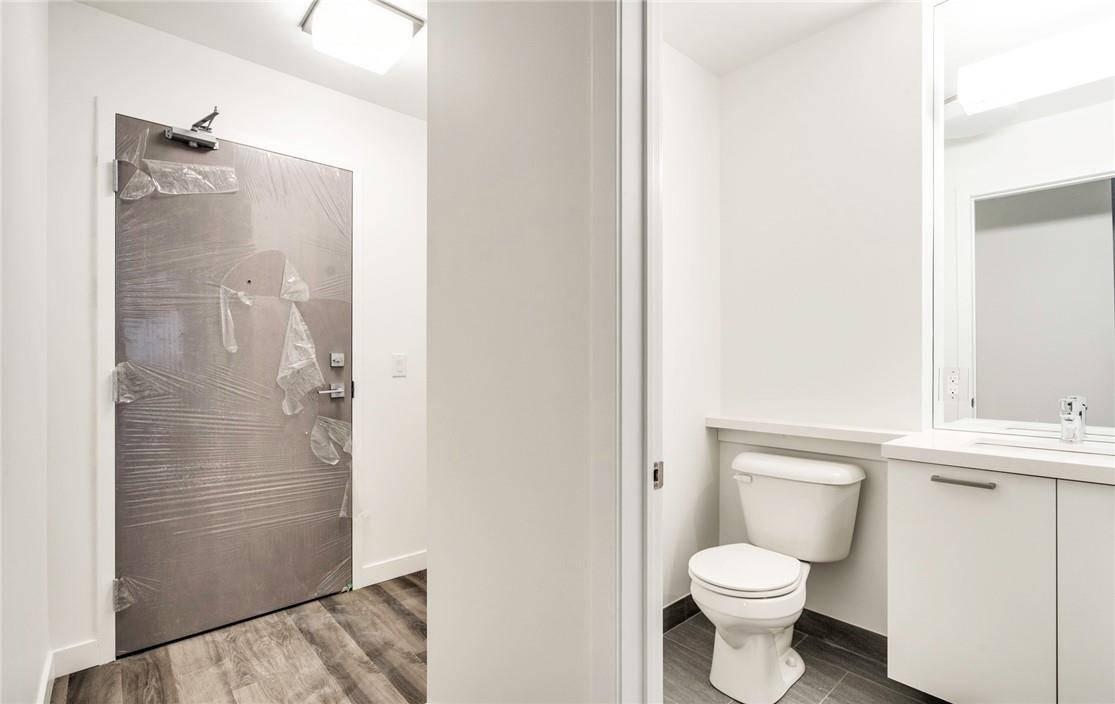 Apartment for rent at 467 Charlton Ave E Unit 202 Hamilton Ontario - MLS: H4075340