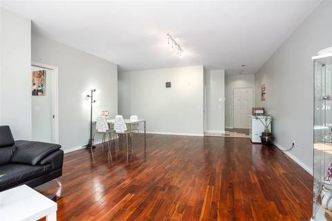 Condo for sale at 4951 Sanders St Unit 202 Burnaby British Columbia - MLS: R2375979