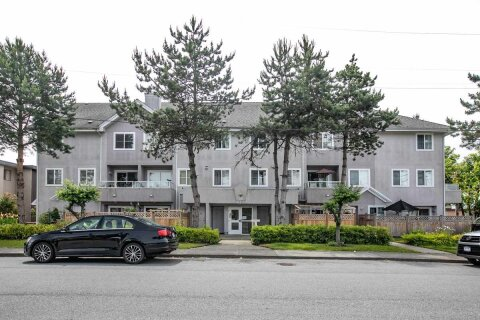 Townhouse for sale at 6930 Balmoral St Unit 202 Burnaby British Columbia - MLS: R2482643
