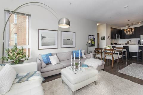 Condo for sale at 717 Chesterfield Ave Unit 202 North Vancouver British Columbia - MLS: R2390198