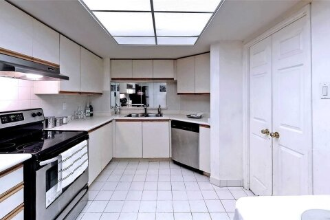 Condo for sale at 7825 Bayview Ave Unit 202 Markham Ontario - MLS: N4998159