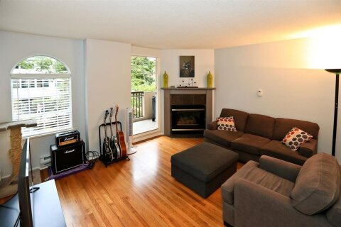 Condo for sale at 888 Bute St Unit 202 Vancouver British Columbia - MLS: R2511255