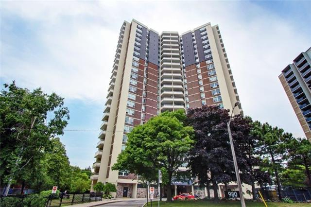 Helliwell Place Condos: 980 Broadview Avenue, Toronto, ON