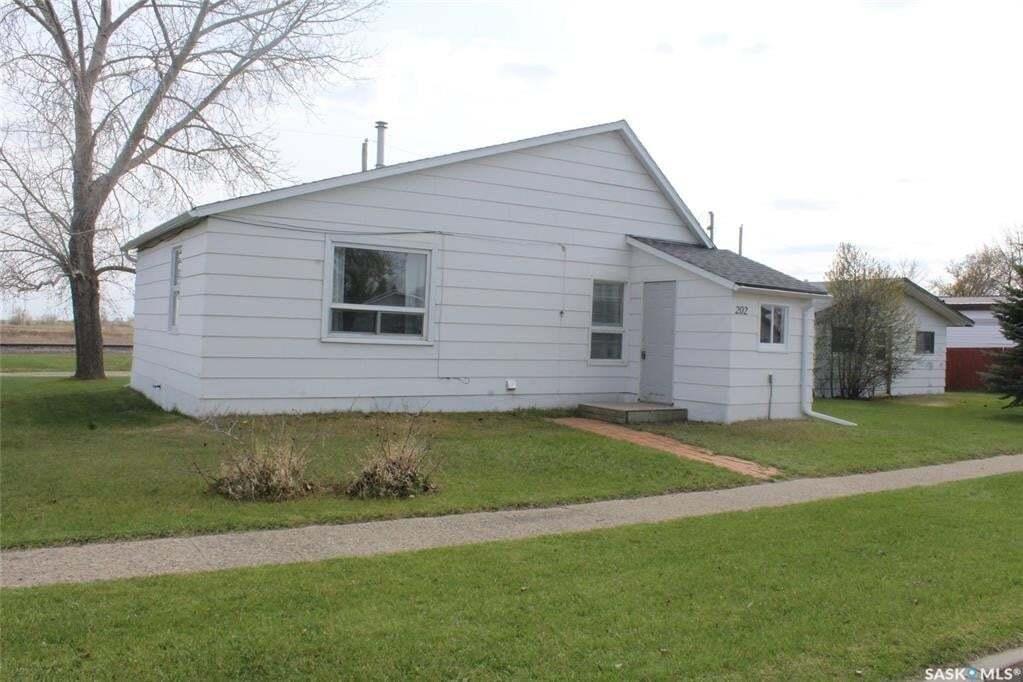 House for sale at 202 Carbon Ave Bienfait Saskatchewan - MLS: SK808688
