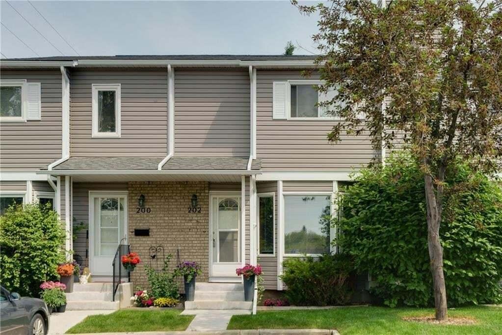 Townhouse for sale at 202 Cedarwood Pa SW Cedarbrae, Calgary Alberta - MLS: C4304981