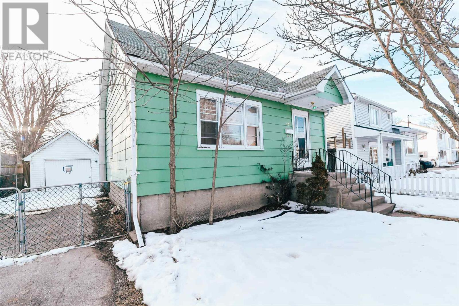 Removed: 202 Kingscourt Avenue, Kingston, ON - Removed on 2020-02-18 21:21:35