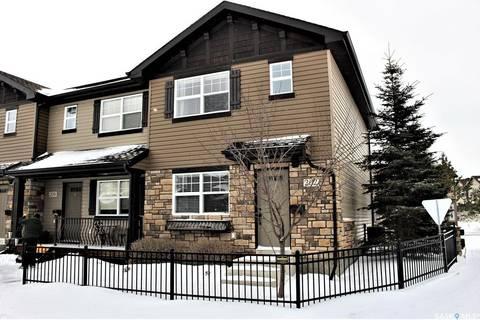 Townhouse for sale at 202 Langlois Wy Saskatoon Saskatchewan - MLS: SK803995