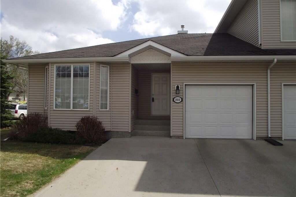 Townhouse for sale at 202 Mount Royal Pl Regina Saskatchewan - MLS: SK815290