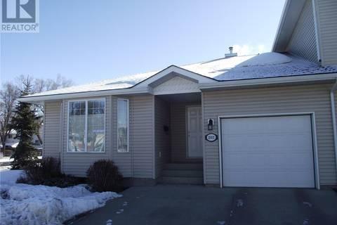 Townhouse for sale at 202 Mount Royal Pl Regina Saskatchewan - MLS: SK776039