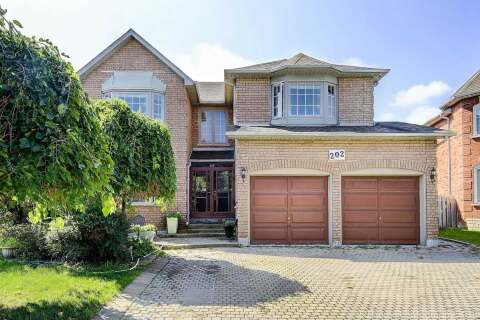 House for sale at 202 Stellick Ave Newmarket Ontario - MLS: N4809845