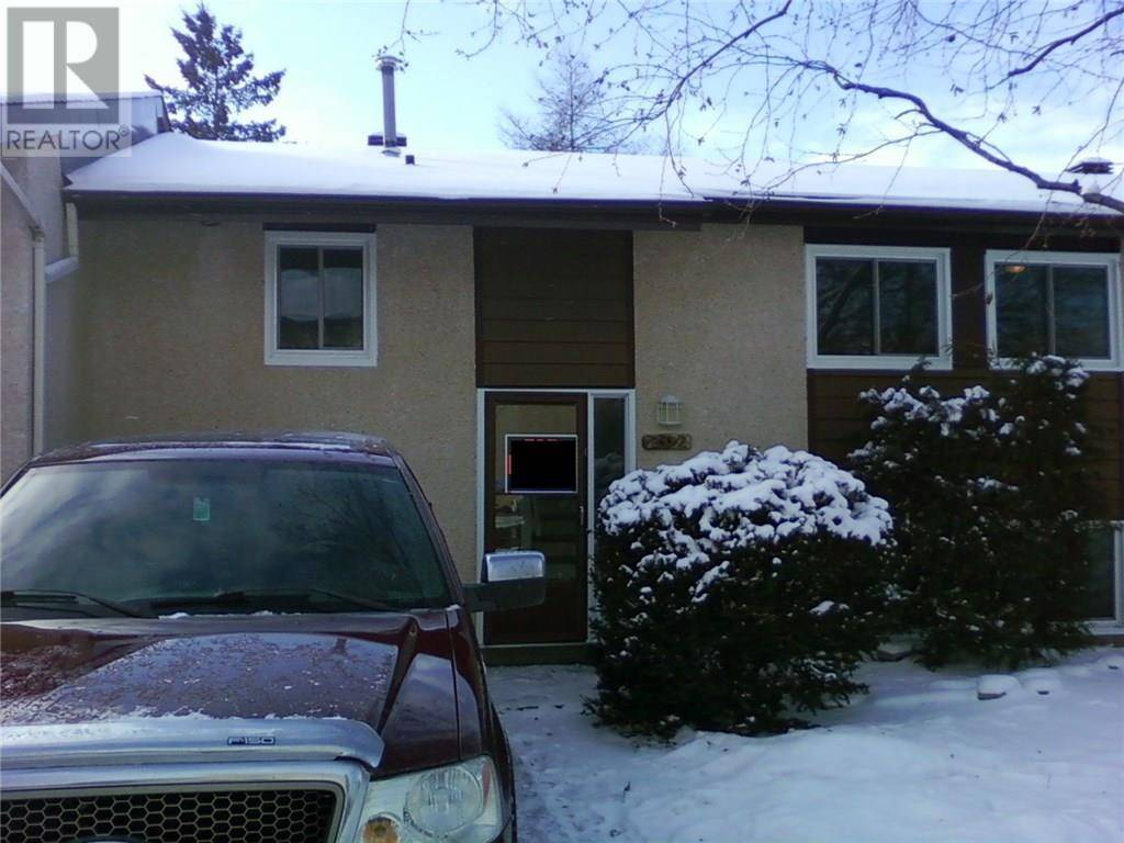 Townhouse for sale at 202 Woodfield Dr Ottawa Ontario - MLS: 1177257