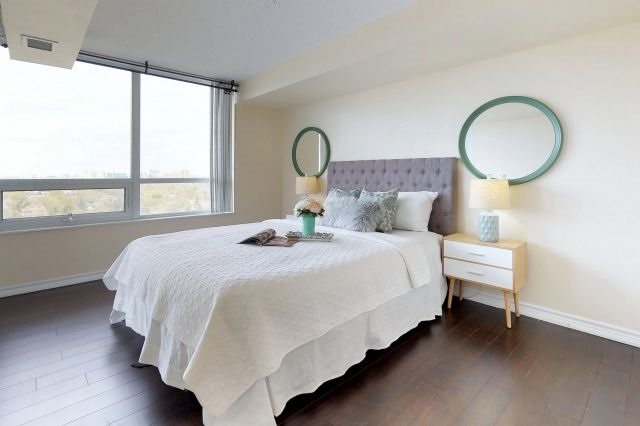 For Sale: 2020 - 35 Hollywood Avenue, Toronto, ON | 3 Bed, 2 Bath Condo for $849,000. See 20 photos!