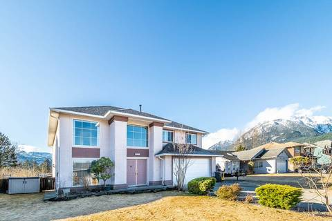 House for sale at 2020 Starview Pl Squamish British Columbia - MLS: R2349176