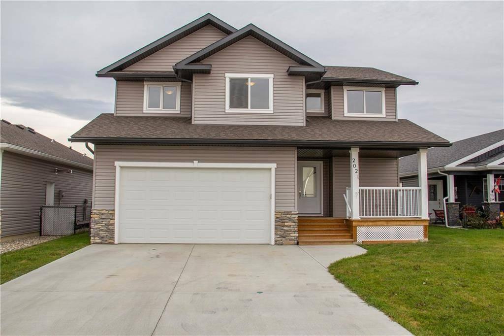 House for sale at 2021 31 Ave Nanton Alberta - MLS: C4236922