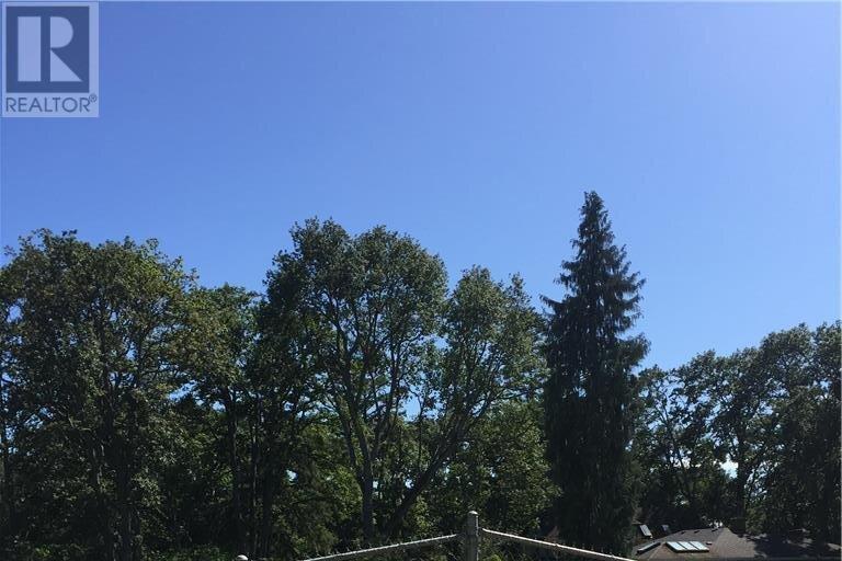 Home for sale at 2021 Brighton  Oak Bay British Columbia - MLS: 844314