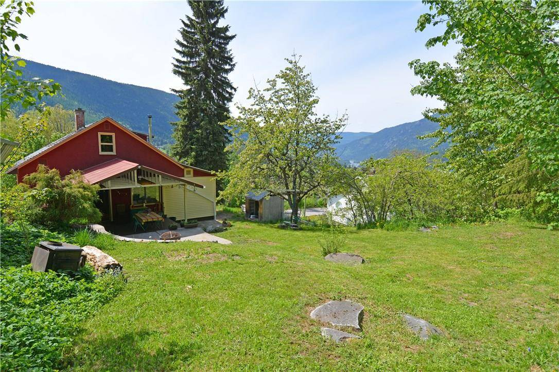 House for sale at 2021 Stanley St Nelson British Columbia - MLS: 2437595