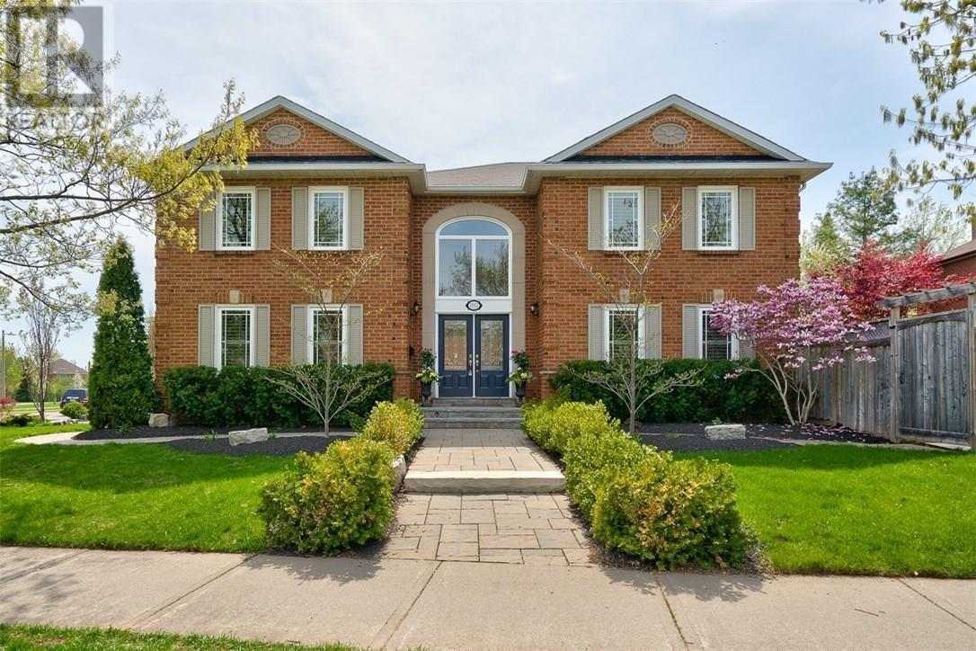 Sold: 2022 Pineview Drive, Oakville, ON