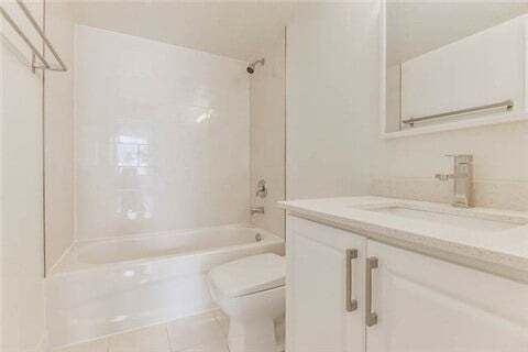 Apartment for rent at 633 Bay St Unit 2023 Toronto Ontario - MLS: C4781470