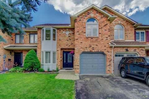 Townhouse for sale at 2023 Chrisdon Rd Burlington Ontario - MLS: W4811622