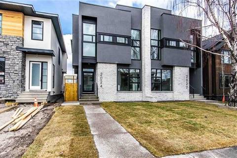 Townhouse for sale at 2024 44 Ave Southwest Calgary Alberta - MLS: C4245236