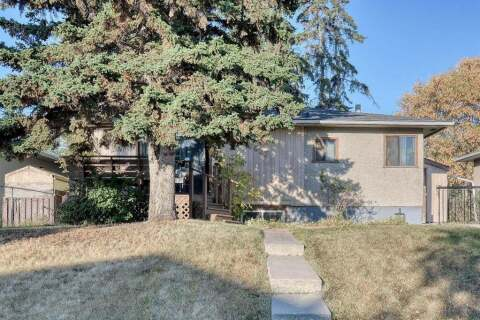 House for sale at 2027 39 St SE Calgary Alberta - MLS: A1039961