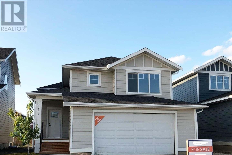 House for sale at 2027 Stilling Ln Saskatoon Saskatchewan - MLS: SK821122