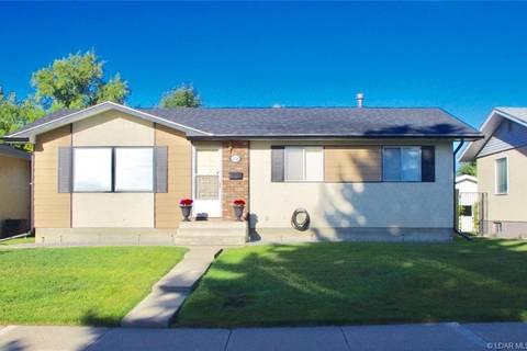 House for sale at 2028 19 St N Lethbridge Alberta - MLS: LD0178299