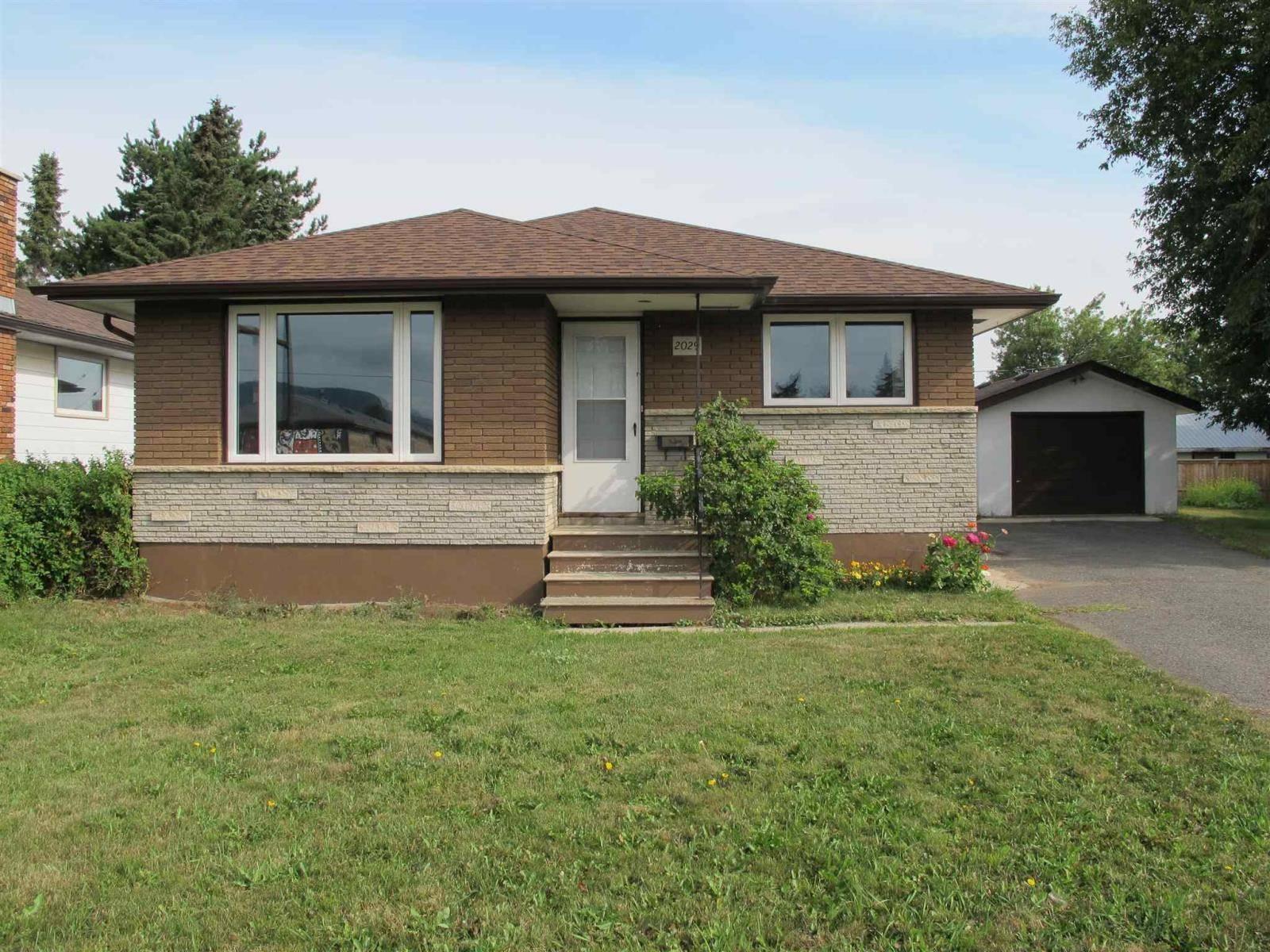House for sale at 2029 Arthur St E Thunder Bay Ontario - MLS: TB192755