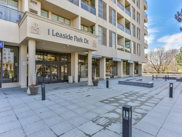 For Sale: 203 - 1 Leaside Park Drive, Toronto, ON | 2 Bed, 2 Bath Home for $679,900. See 20 photos!