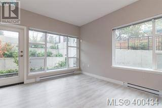 Condo for sale at 1020 Inverness Rd Unit 203 Victoria British Columbia - MLS: 424296