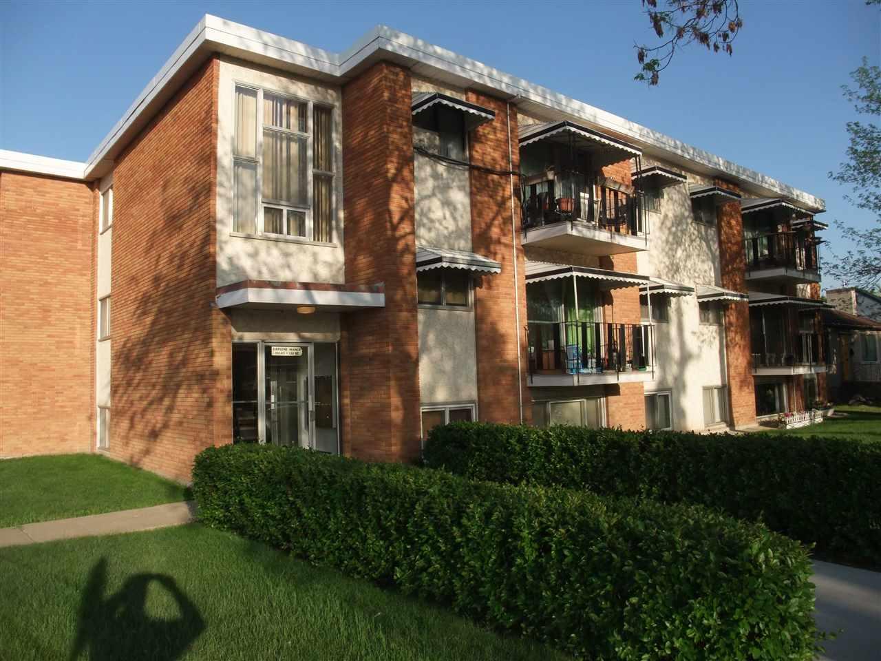 For Sale: 11045 132 Street, Edmonton, AB   1 Bed, 1 Bath Condo for $114,500. See 21 photos!